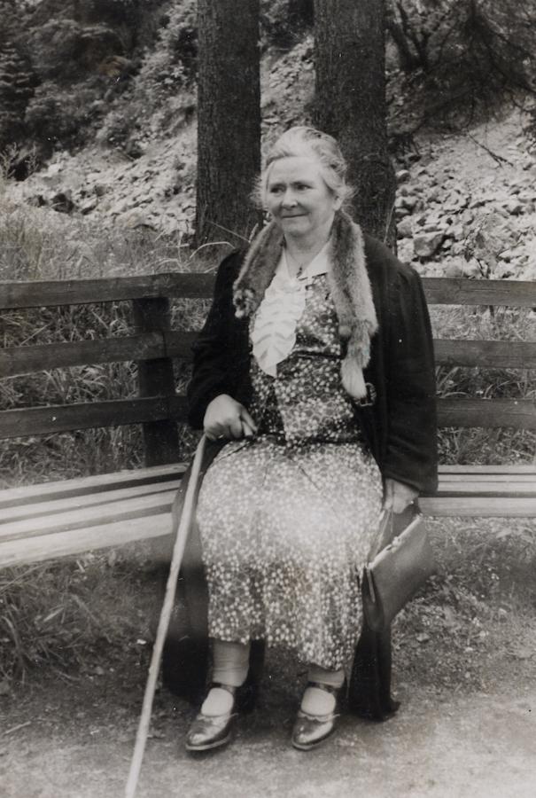 141_Helene Sommer_im_Harz_1940